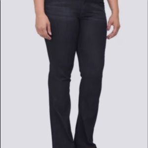 Nwt Torrid size 10 Isabella Bootcut stretch jeans